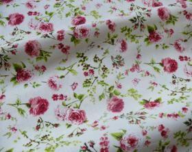 Tissu rideaux campagne à fleurs : rose et vert : 27,38 € le m, en 280 cm de large