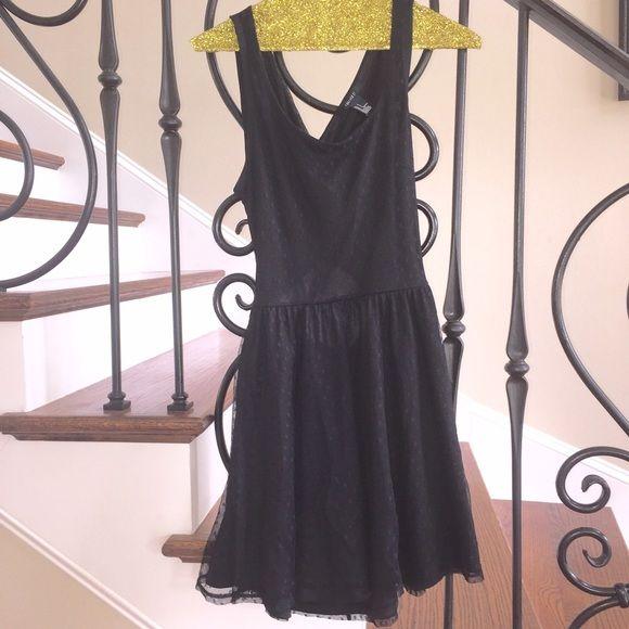 Forever 21 Criss Cross Open Back Dress Skater dress. Great condition. Criss cross open back. Forever 21 Dresses