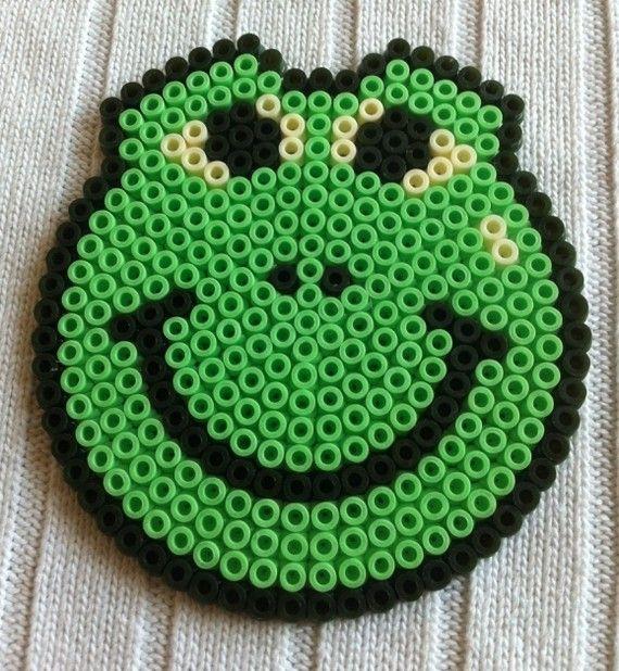 Smiley frog hama perler by arthystik carad pinterest hama repasser et perles hama - Smiley perle a repasser ...