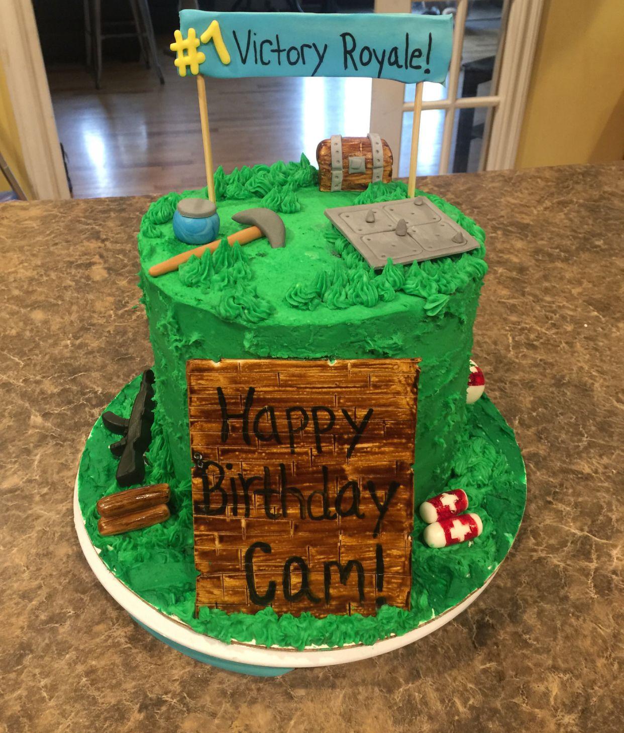 Fortnite Cake!! Boy birthday cake, Birthday cake kids
