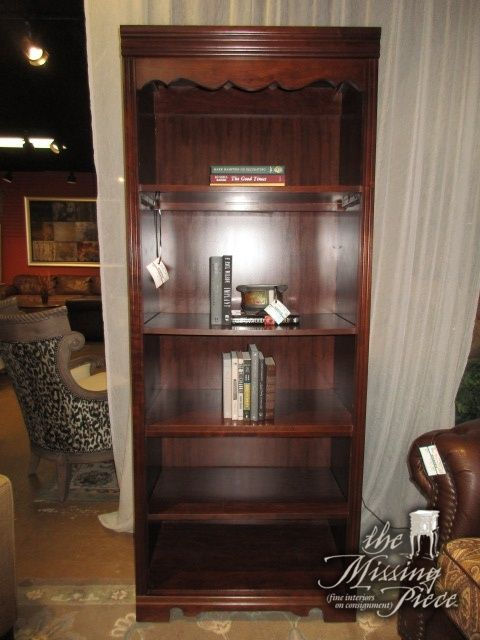 Broyhill Bookcase In A Dark Finish There Are Four Shelves Nice Find For Traditional Style Home Measures 30wide X 19deep 76high