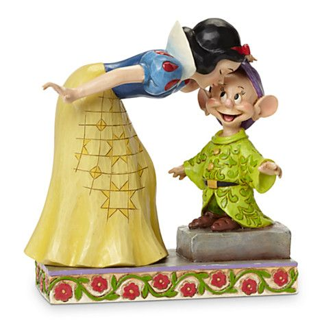 Snow White and Dopey ''Sweetest Farewell'' Figure by Jim Shore | Disney Store