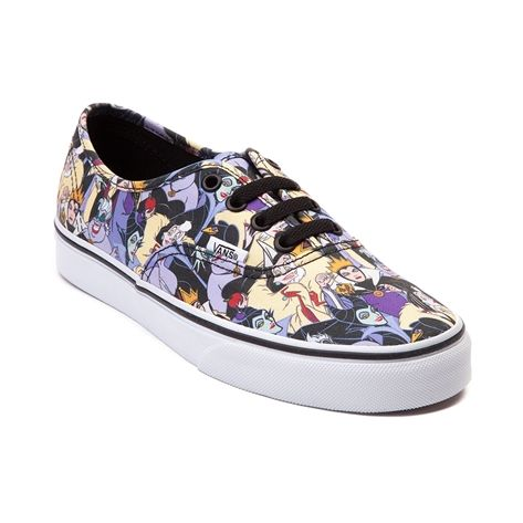 1ef9bc0356faad ... has now been released and it doesn t only feature Mickey and Minnie but  Disney Princesses and Villains too. Vans partnered with Journeys to make  some of ...