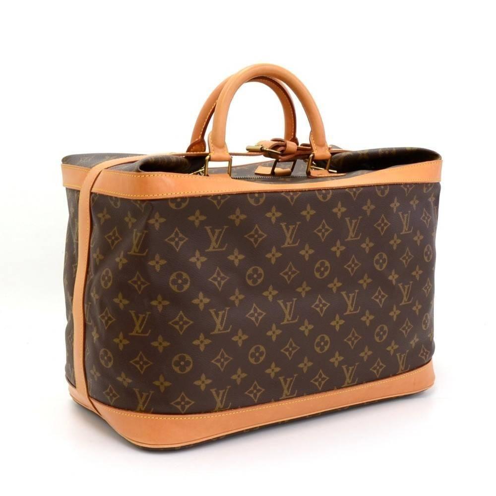 Vintage Louis Vuitton Cruiser 40 Monogram Canvas Travel Bag 1stdibs Com Louis Vuitton Louis Vuitton Handbags Vuitton