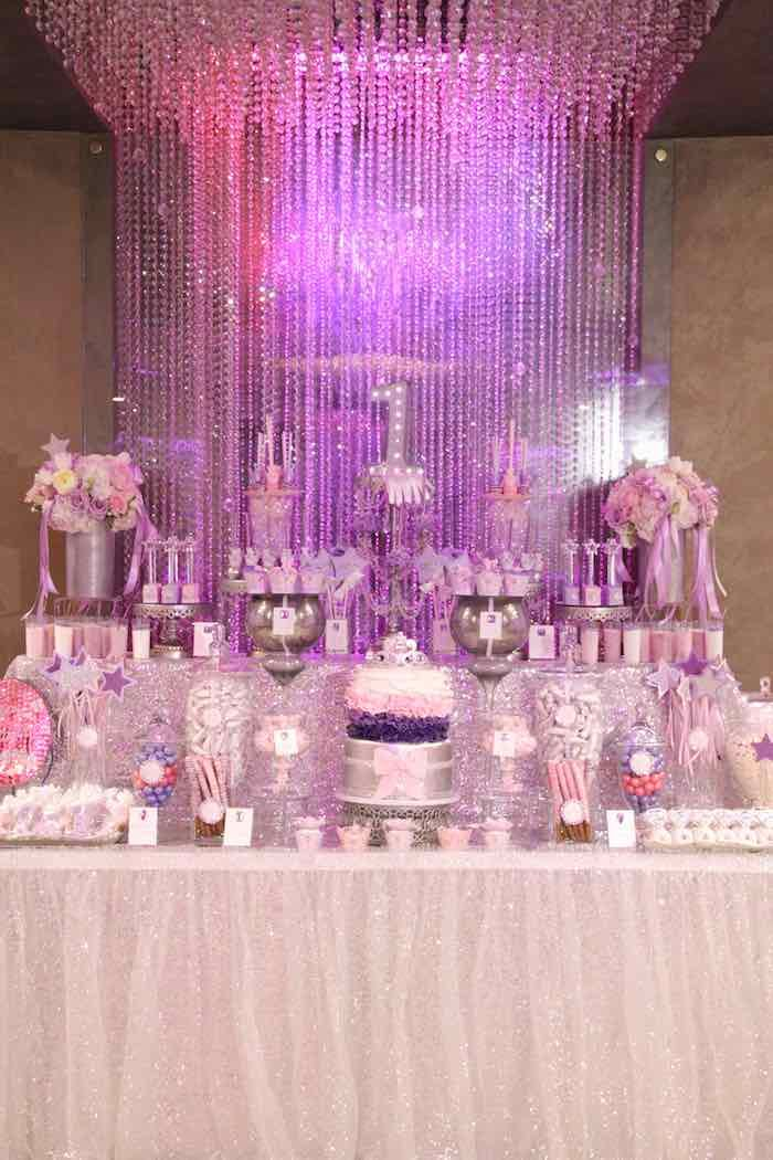 Delightful Princess Theme Decoration Ideas Part - 3: Glamorous Princess Themed Birthday Party