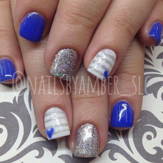 Royal Blue And White Nails With Silver Stripes And Hearts Blue And White Nails Blue Gel Nails Blue Nails