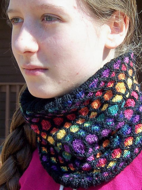 March not really Difficult Cowl | Colorwork knitting ...