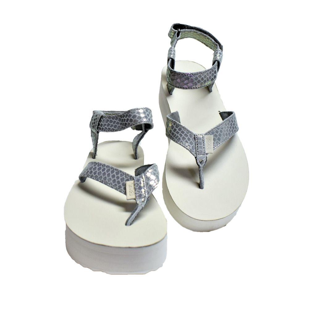 04c41cbdbdb NEW Teva Womens 10 41 Universal Flatflorm Platform Thong Sandals Iridescent  Gray  Teva  PlatformsWedges  Beach