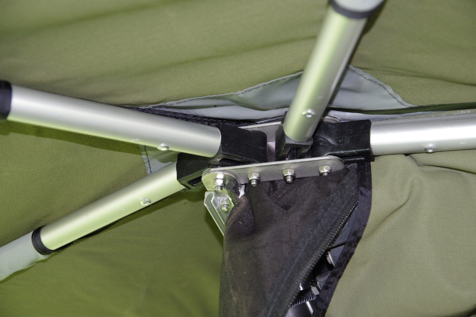 Spare Bracket For Rapid Wing Awning Con Imagenes Campistas Felices Casa Rodante Iveco Daily 4x4