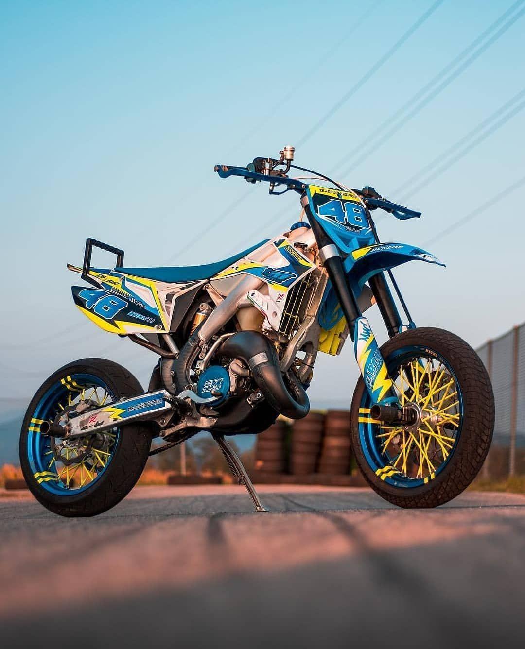 Folgen Supermoto Motocross Bike Life