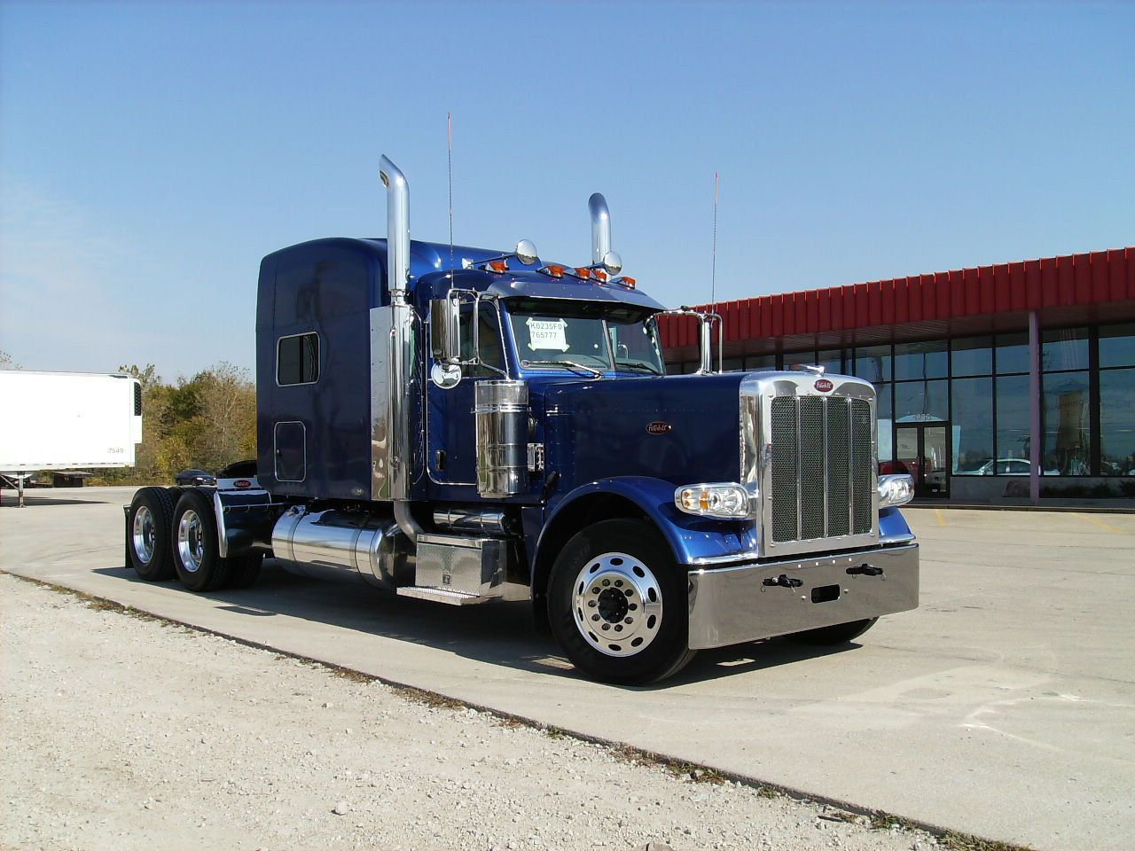 Blue peterbilt 389 peterbilt paint colors no matter 359 or 379 or 389