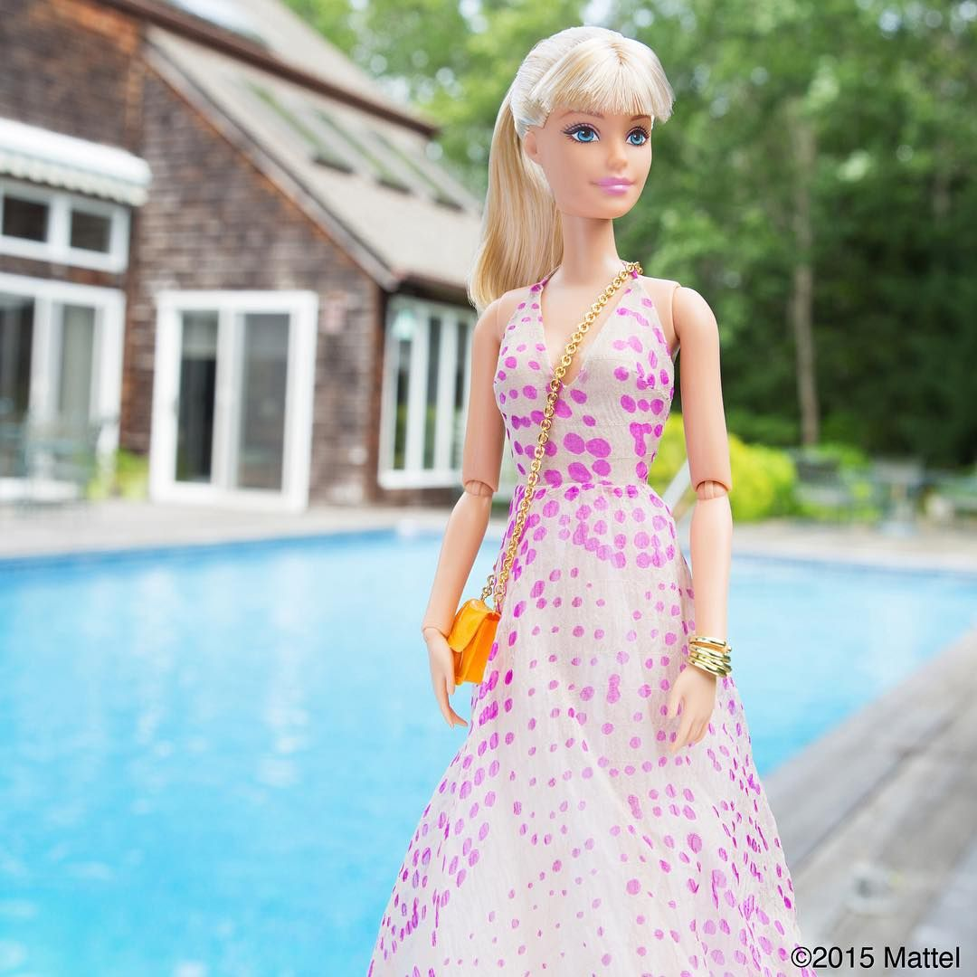 Style tip: save the best for last! Dressing up for my last night in Montauk.  #montauk #barbie #barbiestyle