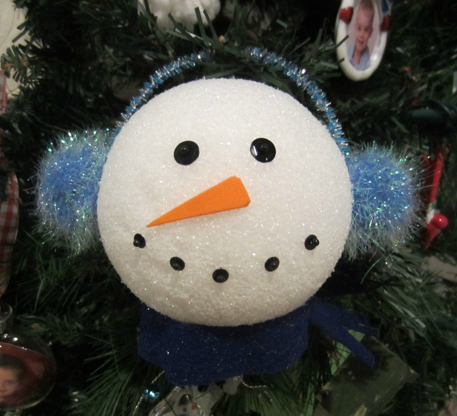 Making a Snowman that Doesn't Melt Inexpensive christmas