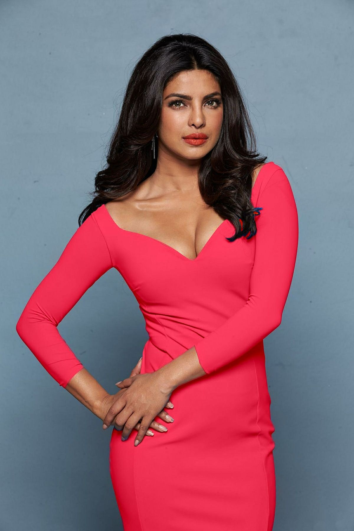 Priyanka Chopra | Priyanka chopra hot, Indian actresses ...
