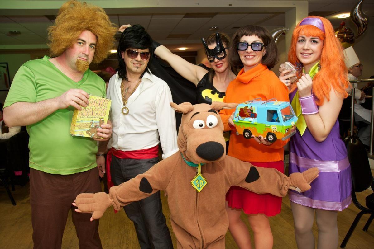 The whole gang! Scooby doo fancy dress theme. Shop scooby doo ...