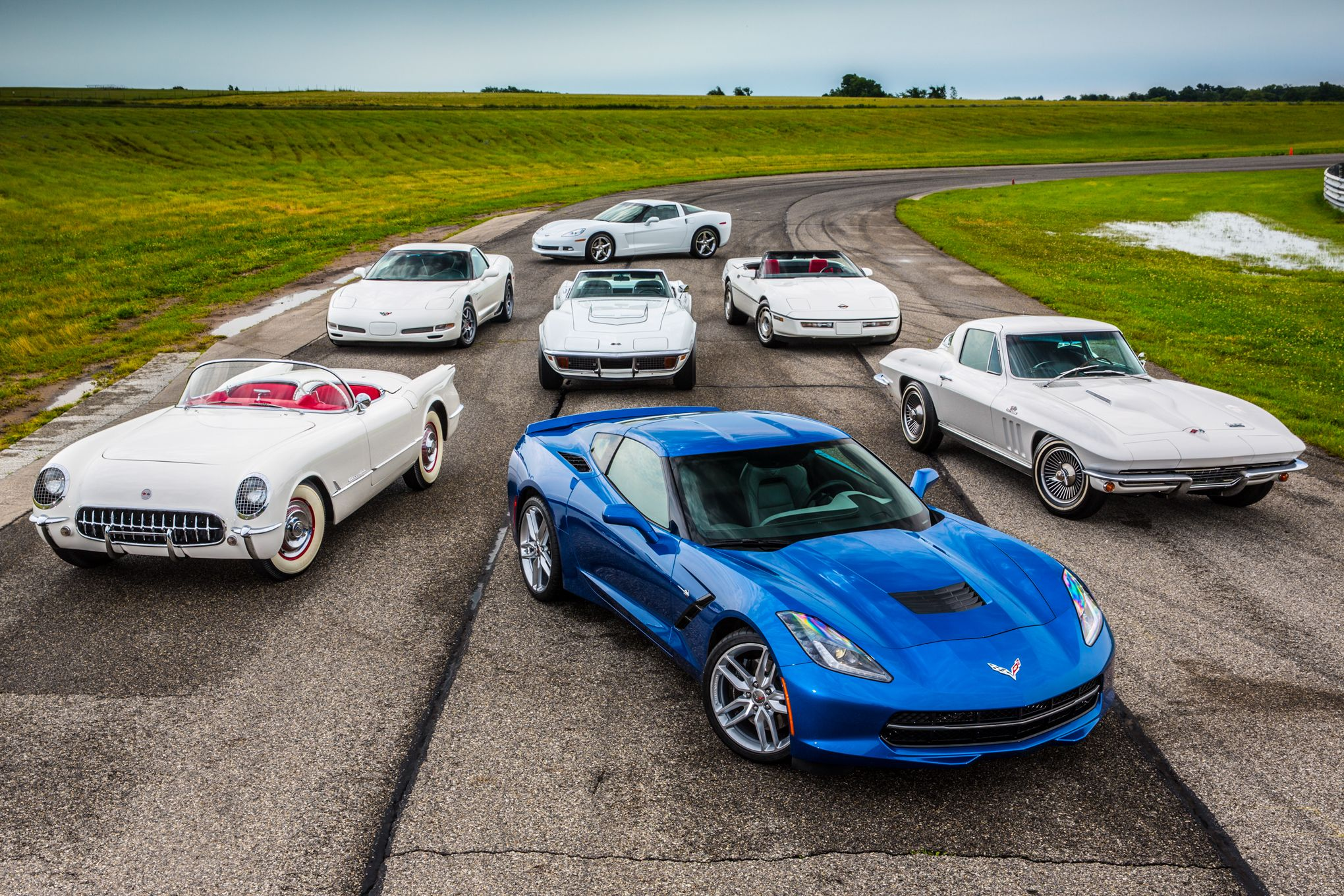 7 Generations Of Corvettes Http Mrimpalasautoparts Com