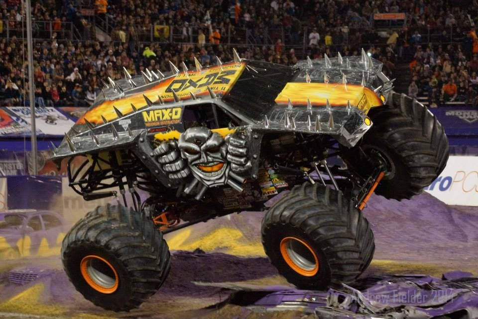 how to make a 3d monster truck cake