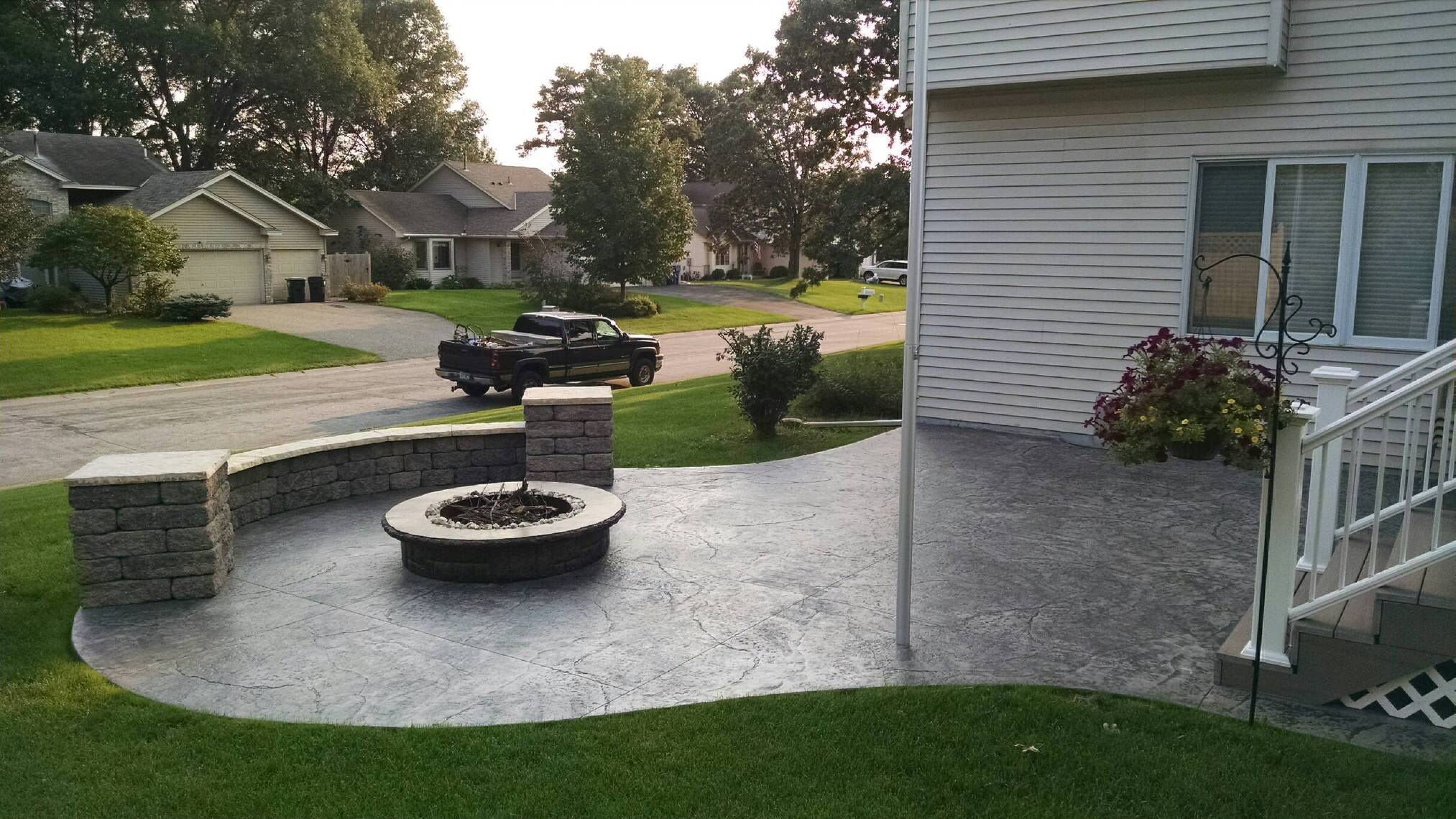 Stamped Concrete Patio With Fire Pit And Seating Walls By Sierra Concrete Arts Stamped Concrete Patio Concrete Patio Makeover Patio Garden