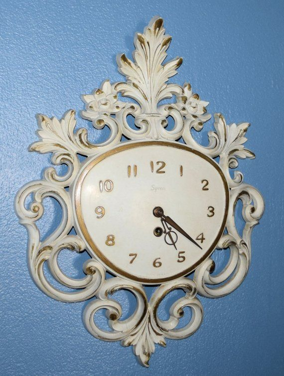 Vintage Syroco Ornate Wall Clock 8 Day Wind Up Repair Project Piece Hollywood Regen