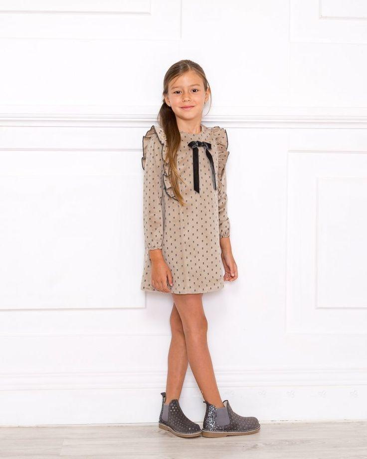 2020 grau glänzende kurze Stiefel #Stiefel #Kindermode #Schuh #Mode #Kindermode