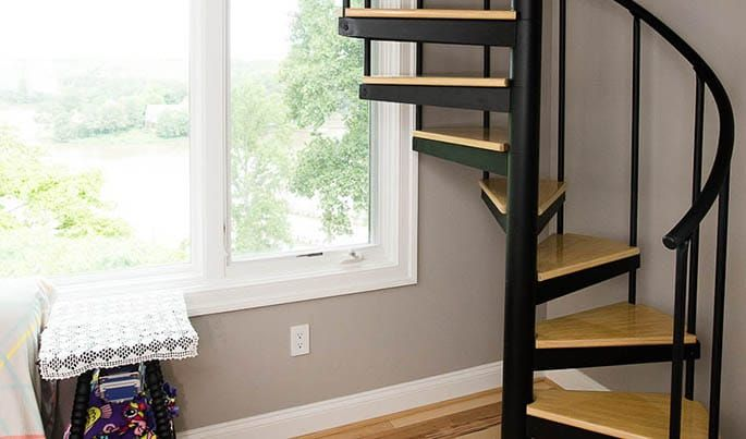 Best The Vacationer Minimalist Spiral Stairs Staircase 400 x 300
