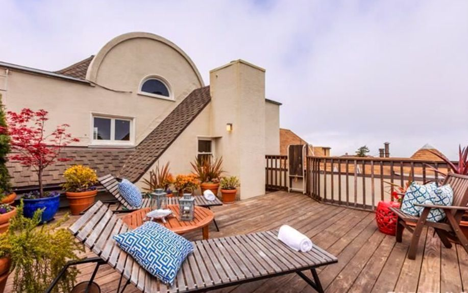 Rooftop deck overlooking the San Francisco Bay