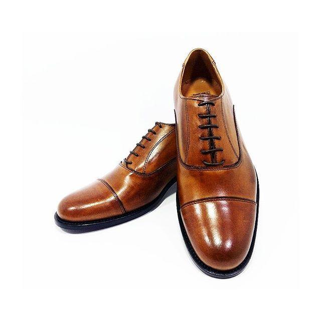Oxford Napoleon brandy www.l3luxury.com  #manstyle #manfashion #madeinitaly #italianshoes #italianhandmade #italianhandmadeshoes #shoesmadeinitaly #fashionshoes #shoes #shoesman #shoesshop #shoesvintage #scarpe #scarpevintage #scarpeuomo