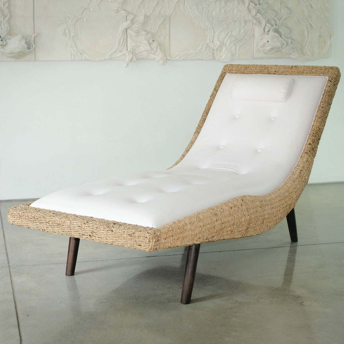 Funky Furniture · Issa Lounge Chair
