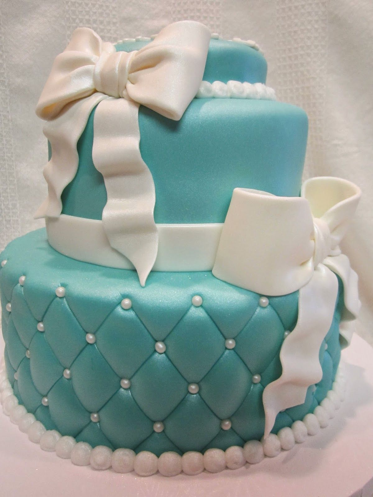 Tiffany And Co Cake Google Search Cakes Cupcakes Cake Pops In