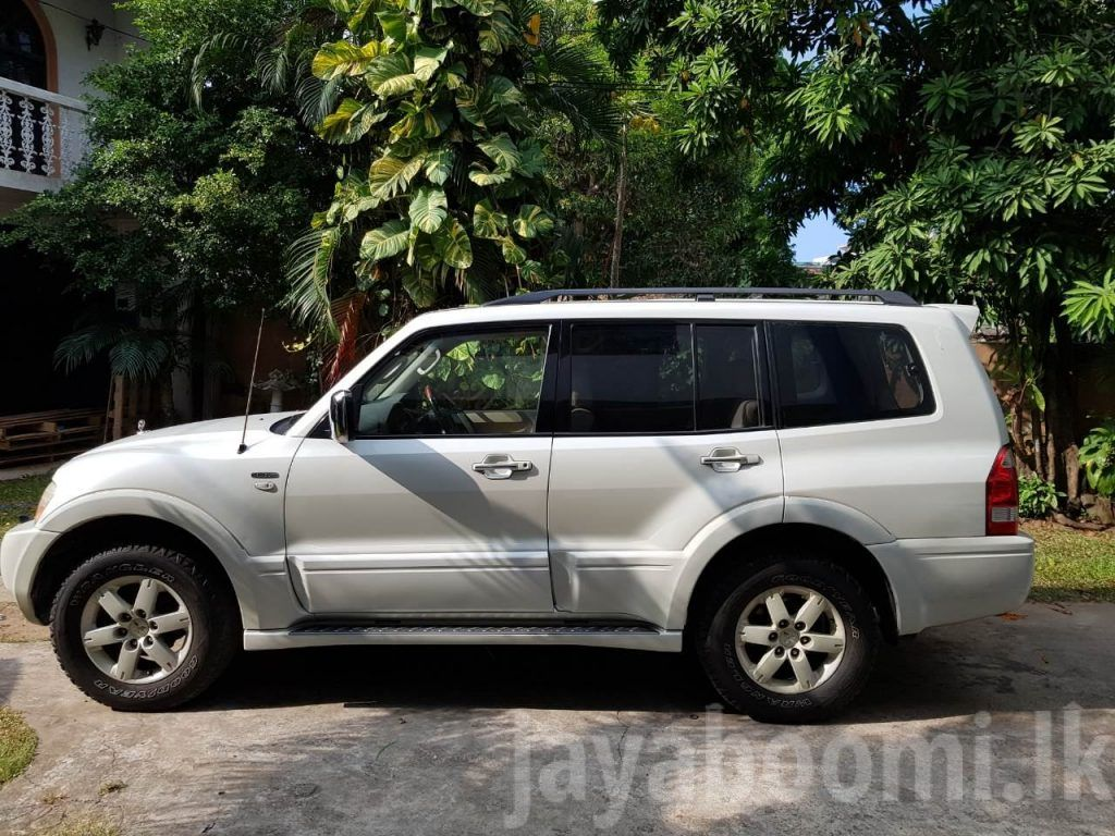 Mitsubishi Montero Jeep V6 Exceed 3 8 2004 For Sale Jeep Jeep Models Mitsubishi