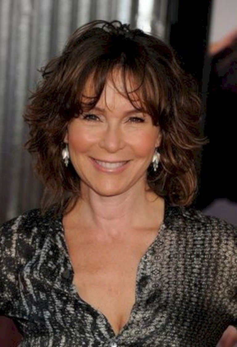 30 hairstyles for women over 50 with bangs medium hair