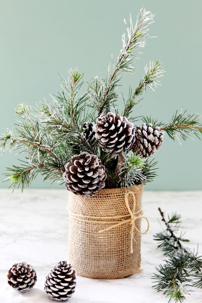 Snowy Tree Winter & Christmas DIY Table Decoration {in 20 Minutes!} #winterdecor