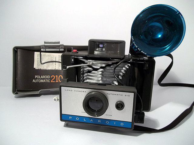 vintage polaroid 210 landcamera with flash model 268 and manual rh pinterest com Polaroid Land Camera Automatic 210 Polaroid 210 Land Camera Film