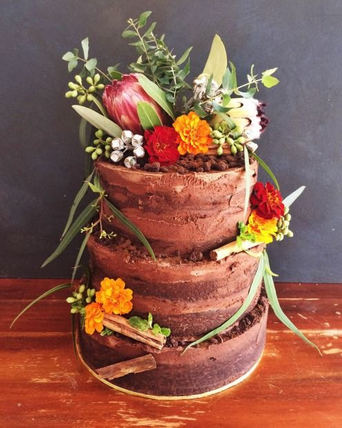Top 10 Wedding Cake Suppliers In Melbourne: Love At First Bite: Melbourne's Best Wedding Cakes