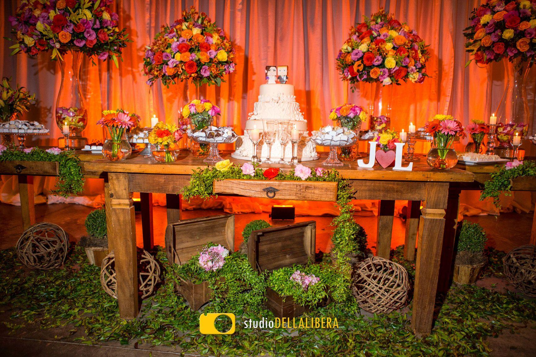 casamento piracicaba espa o seringueira mesa do bolo com flores rh pinterest com