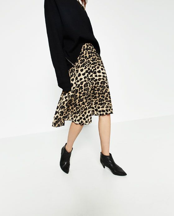 Zara Woman Leopard Cheetah Animal Print Black Pleated Knee Length Skirt Small S Skirts