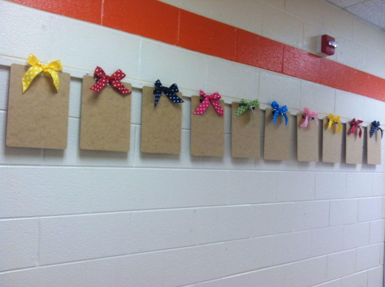 9 bulletin board ideas for displaying student work for Cork board displays