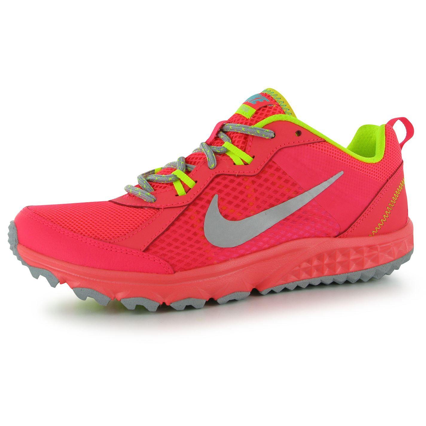 New Balance Balance Gobi v2. Ladies Running ShoesSports ...