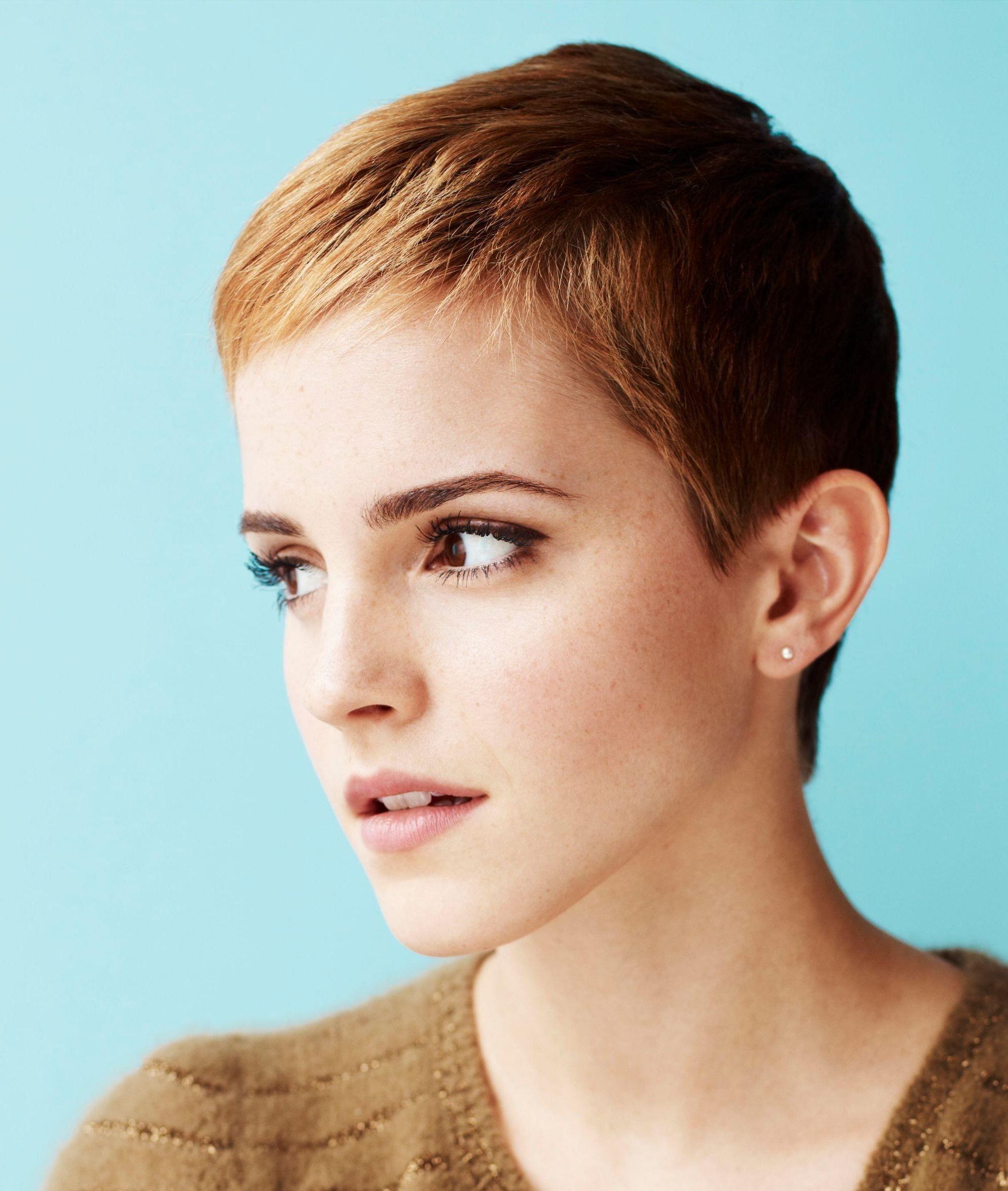 Pin By Annie U On Hair Stuff In 2020 Emma Watson Hair Short Hair Styles Pixie Emma Watson Pixie