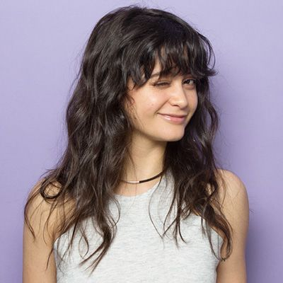 Bangs for round face and wavy hair