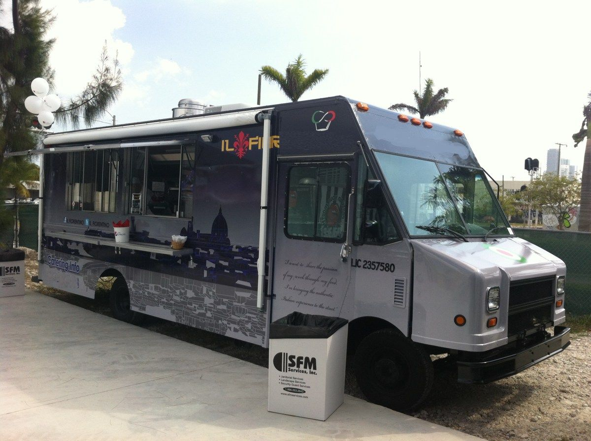 Florida food truck top of the line 78k negotiable