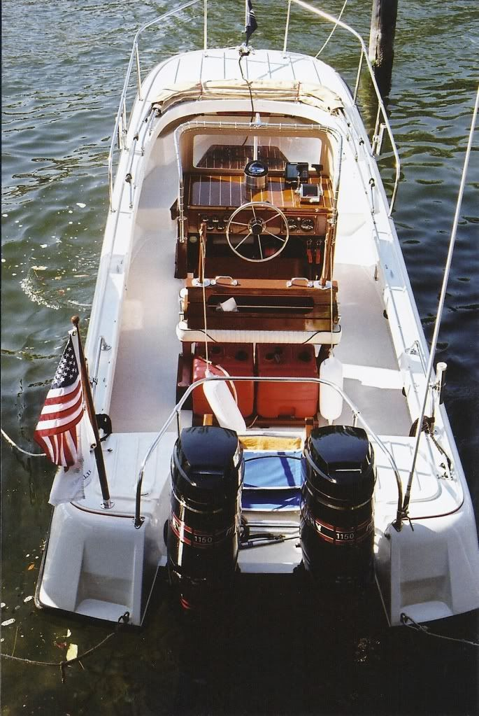 Pin By Jeff Rohlfing On Classic Boston Whalers Boston Whaler Boston Whaler Boats Classic Boats
