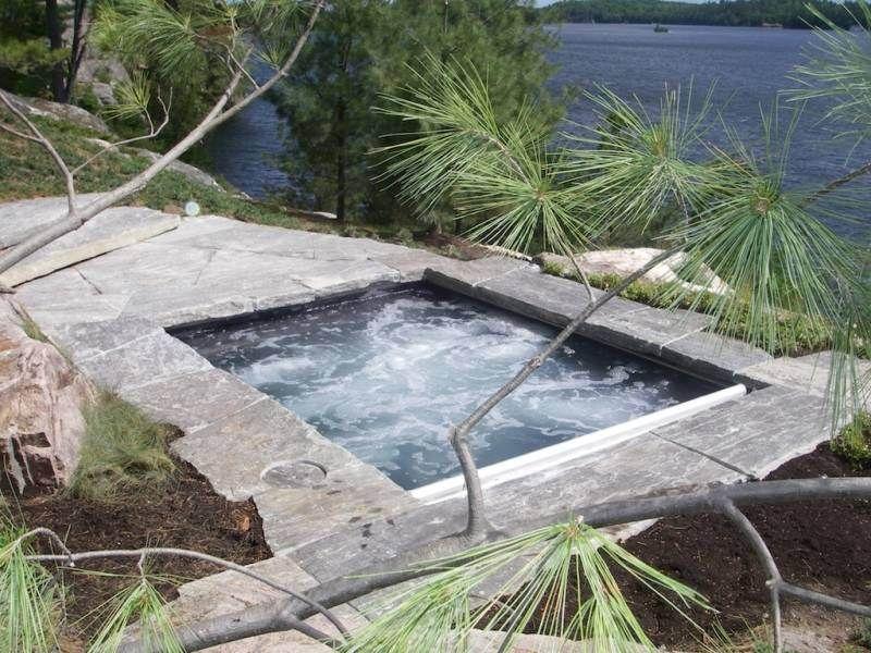Jacuzzi extérieur: idées pour créer votre oasis dans le jardin