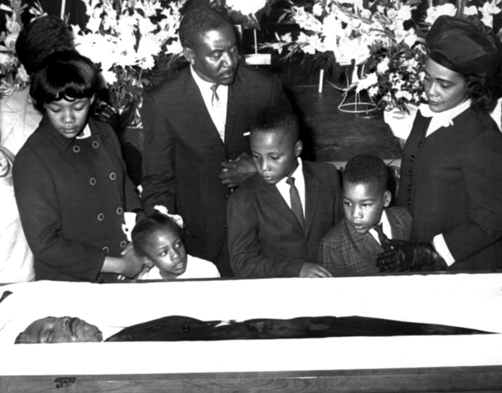 Martin Luther King Jr Dead Pictures The photo below, taken...