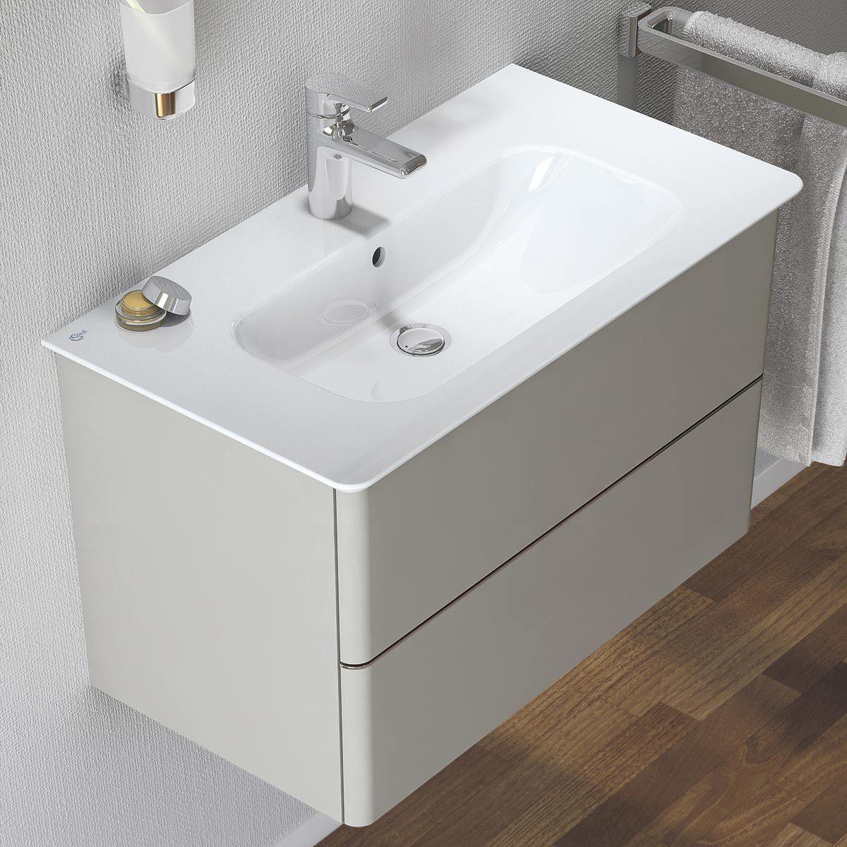 magasin aubade salle de bain meuble de salle bain bois massif espace aubade with magasin aubade. Black Bedroom Furniture Sets. Home Design Ideas