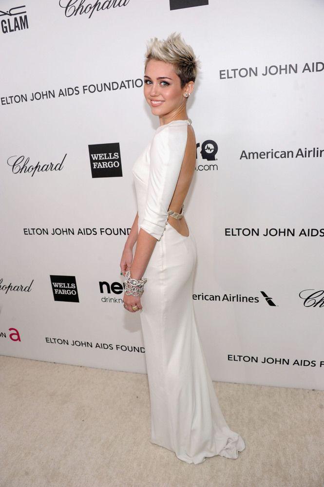 Miley Cyrus On Her Short Hair I M Breaking This Stereotype Celebrity Hair Short Hair Blonde Ha Celebrity Dresses Beautiful Dresses Celebrity Red Carpet