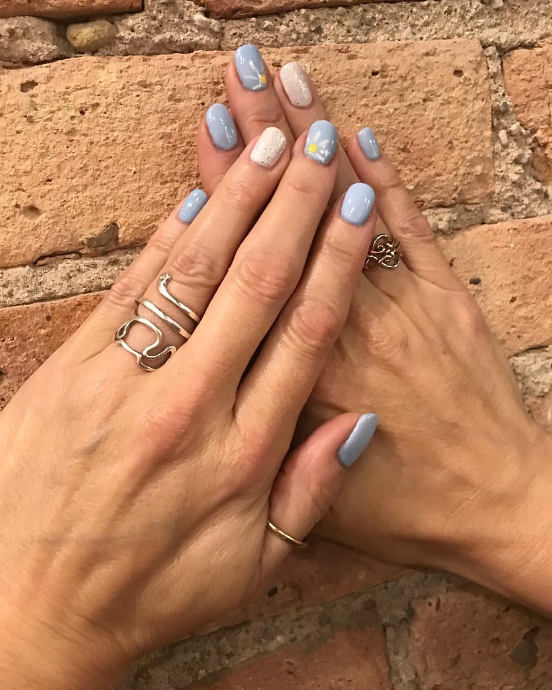 Blushsalonspa No Chip Manicure By At Laurengnailsblushsalon