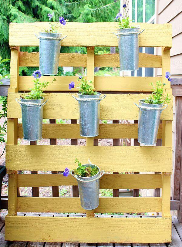 Gartenmöbel Aus Europaletten Regal Vertikale Garten Blumen Palette