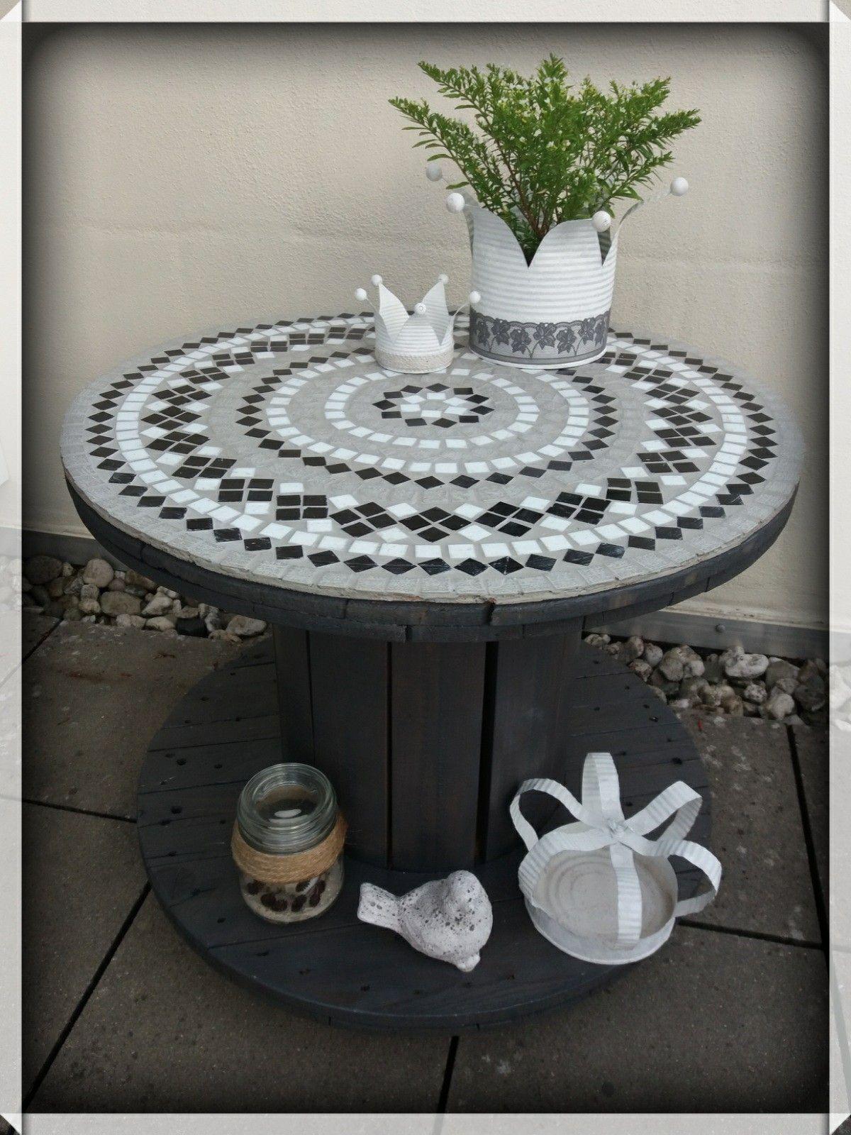 Kabeltrommel Tisch mit Mosaik | Kabeltrommel tisch