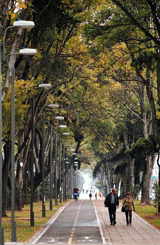 One of the world's greenest capitals, Bogotá, Colombia has about 5200 thirteen parks and 13 wetlands throughout the metropolitan area. Photo: Abdú Eljaiek. Click image to tweet and visit the slowottawa.ca boards >> https://www.pinterest.com/slowottawa/